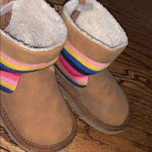 Used gap toddler boots